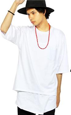 ネックレス×ビッグTシャツ2
