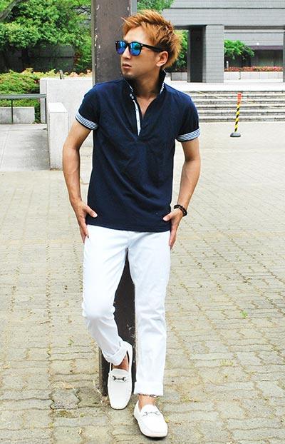 ポロシャツ×白スキニーで夏のメンズコーデ