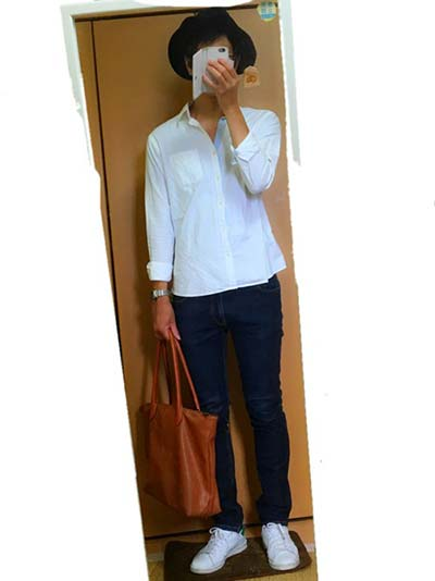 白シャツは清潔感と大人っぽさが出る