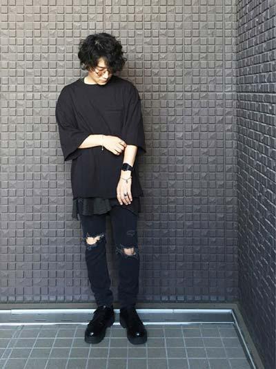 ビッグシルエットTシャツ×スキニーパンツ