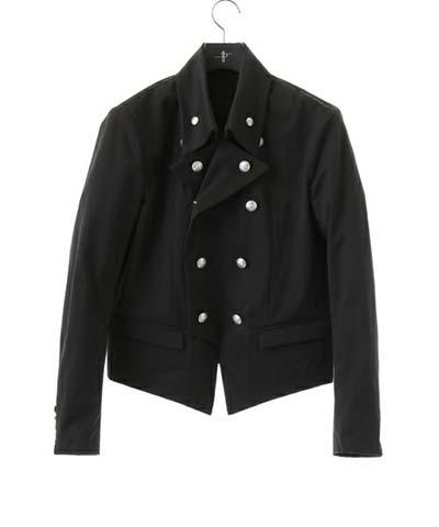 ナポレオンジャケット素材や着用する季節は?