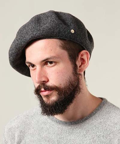 ベレー帽のかぶり方【メンズ】40代男性におすすめのブランドは?