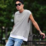 夏のオシャレなノースリーブでメンズコーデ&着こなし方法