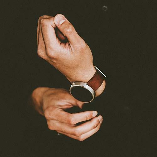 huge discount 0c82e cf0be メンズ】3万円以下のおすすめ腕時計ブランド。安いのにオシャレ!