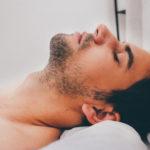 男の首髭の処理&脱毛方法。クビからムダ毛が生える場合の対処法