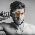 【メンズ】頭の臭いを消す方法。男性の頭皮が臭う原因とは?